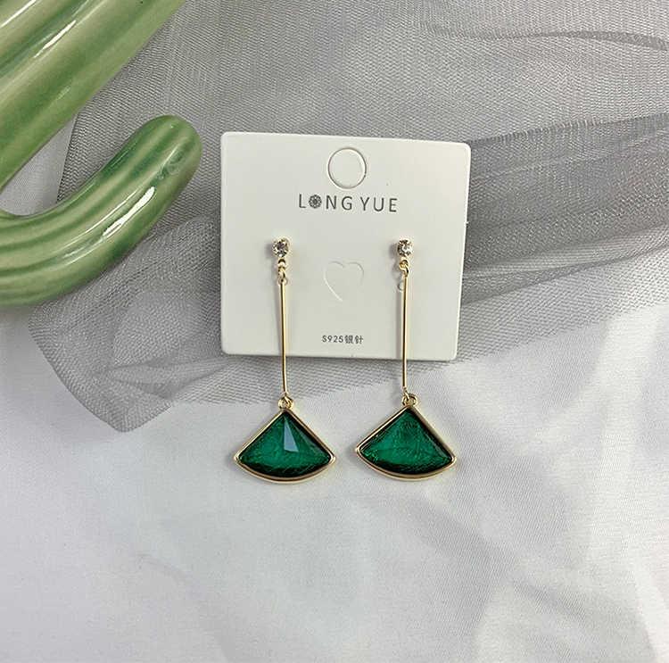 หินสีเขียวพิเศษจี้ต่างหูแฟชั่นผู้หญิงเครื่องประดับคุณภาพต่างหูผู้หญิง Elegant EAR แหวนที่ดีที่สุดของขวัญอัญมณี