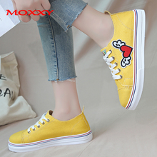 Designer Fly Heart Print Canvas Shoes Woman Casual Fashion White Black Yellow Sneakers Women Flat Comfort Tenis chaussures femme