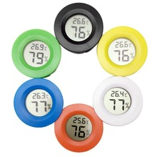 Small Size LCD Digital Thermometer Hygrometer Lizard Tortoise Frog Net Box Climb Box Thermometer Electronic Hygrometer compact size thermocouple thermometer low cost thermometer dual inputs thermometer center 308