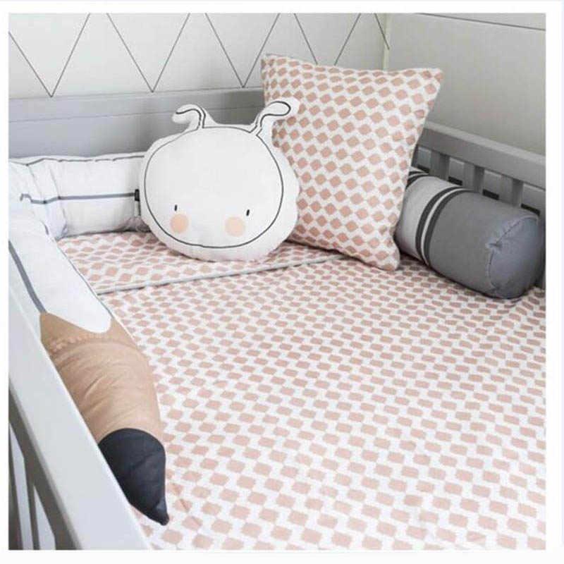 Cuna de recién nacido parachoques largo cama de bebé cojín lápiz nube dormir almohada de apoyo decoración de la habitación almohadilla protectora infantil