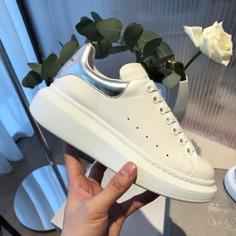High Quality Big Size 34-44 Men And Women White Shoes Spring Lovers Leather Flats Women White Casual Shoes Alexander  N01
