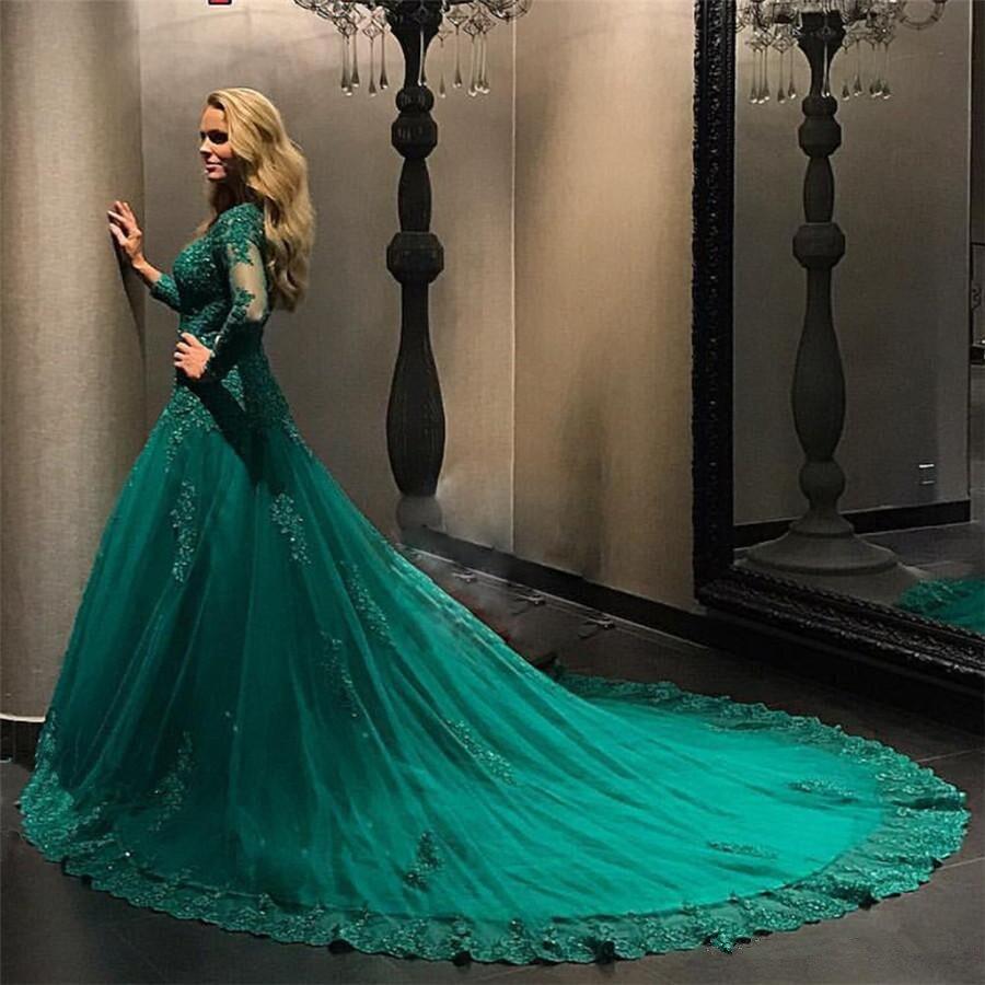 Купить с кэшбэком Formal Emerald Green Evening dress 2019 Long Sleeve Lace Applique Beads Plus Size Prom Gowns robe de soiree Evening dresses