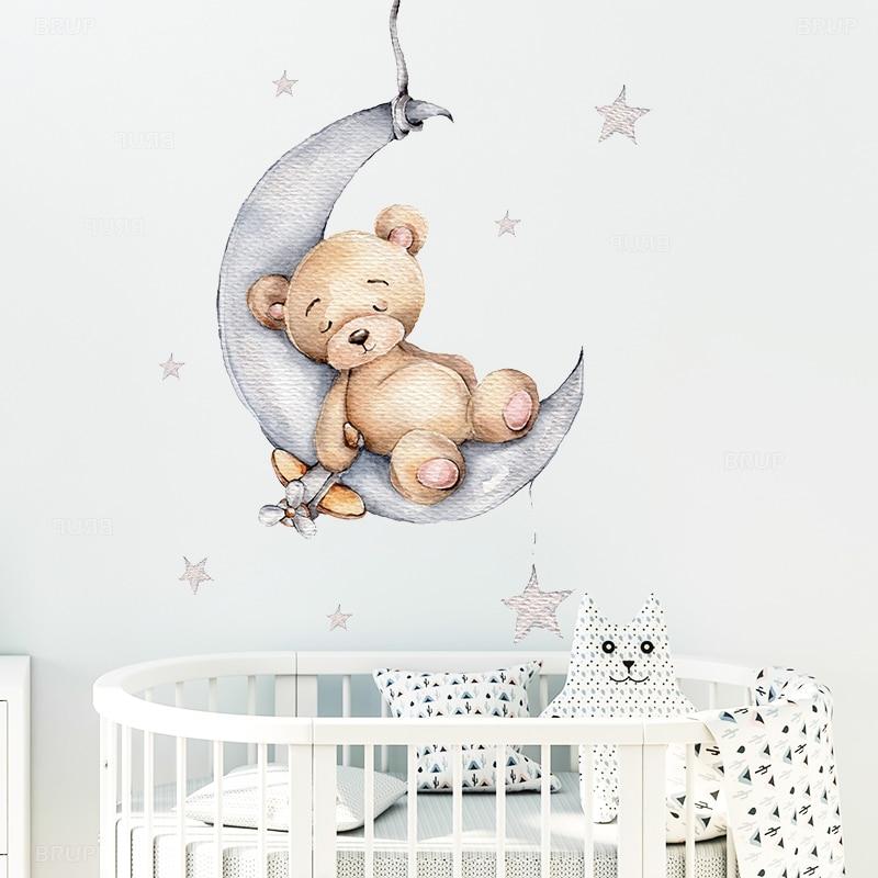 Karikatür Teddy Bear üzerinde uyuyan ay ve yıldız duvar çıkartmaları çocuk odası için bebek odası dekorasyon duvar çıkartmaları odası iç