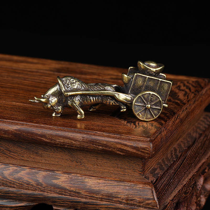 Retro Ornament Bull Pull Vehicle Figurines Pure Copper Chinese Folk Feng Shui Crafts Home Decoration Accessories
