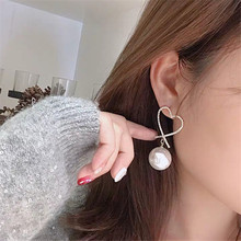 Temperament Hollow Heart Statement Dangle Earring Elegant Simulated Pearl Rhinestone Drop Girl Party Jewelry Accessories