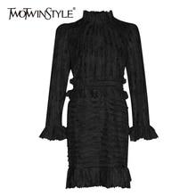 TWOTWINSTYLE лоскутное рюшами печати Ruched женские платья Стенд воротник с пышными рукавами Высокая талия платье для женщин модная одежда