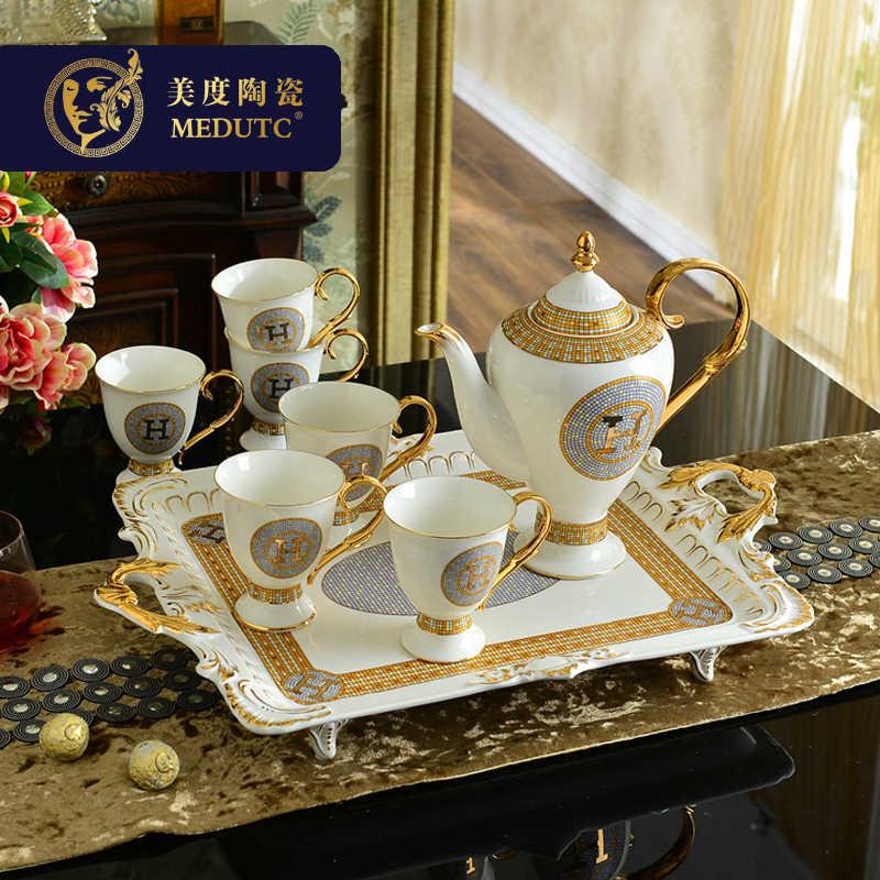 Eropa Luxury Indah Pola Ukiran Kopi Set Kreatif Ruang Tamu Keramik Air Dingin Ketel Piala Tray Indah Kotak Hadiah