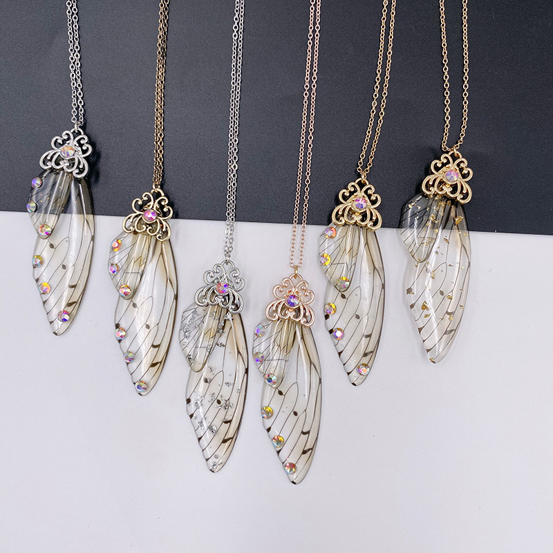 2020 nova fada doce vermelho claro resina borboleta colares para as mulheres ouro brilhante floco inseto asa gargantilhas colar presente de aniversário