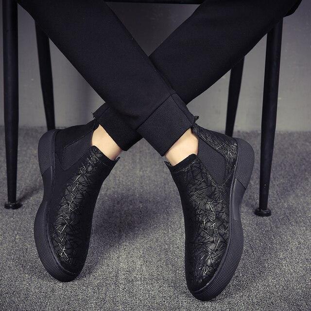Di modo degli uomini traspirante chelsea scarpe stivali in pelle morbida appartamenti della caviglia della piattaforma botines hombre del progettista di marca bota masculina maschio