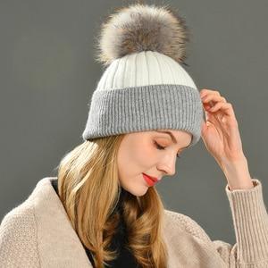 Image 4 - Frauen Winter Pelz Ball Kappe Kaschmir Hüte Beanie Cap Frau Weibliche Warme Kaninchen Fell Mischung Gestrickte Pelz Ponpon Hut Caps