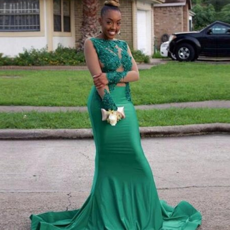 Green Long Sleeve Mermaid Evening Dresses Lace Appliques Jewel Neck See Though Long Sleeve Vintage Floor Length Prom Party Dress
