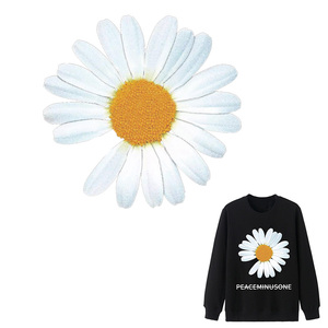 Little Daisies Patches For Clothing Heat Transfer Parches For T-Shirt Diy Set Iron On Transfer Fashion Flower Decoration Sticker