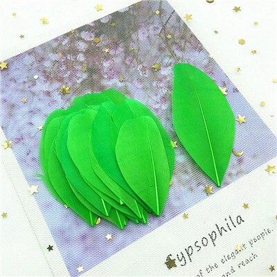 Натуральные гусиные перья 4-8 см, многоцветные белые перья, поделки своими руками, украшения для свадебной вечеринки, аксессуары, 50 шт - Цвет: green 50pcs