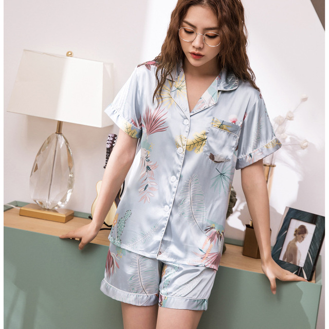 Conjunto de Pijamas cortos de primavera y verano para mujer, camisas de manga corta con pantalones, traje para casa, ropa femenina para mujer, pijamas sexis