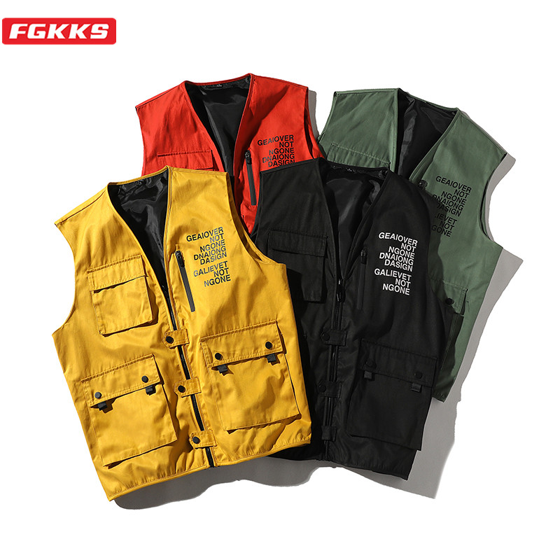 FGKKS Trend Brand Men Fashion Vest Spring New Men's Multi-Pocket Casual Vest High Street Hip Hop Vest Coat Male