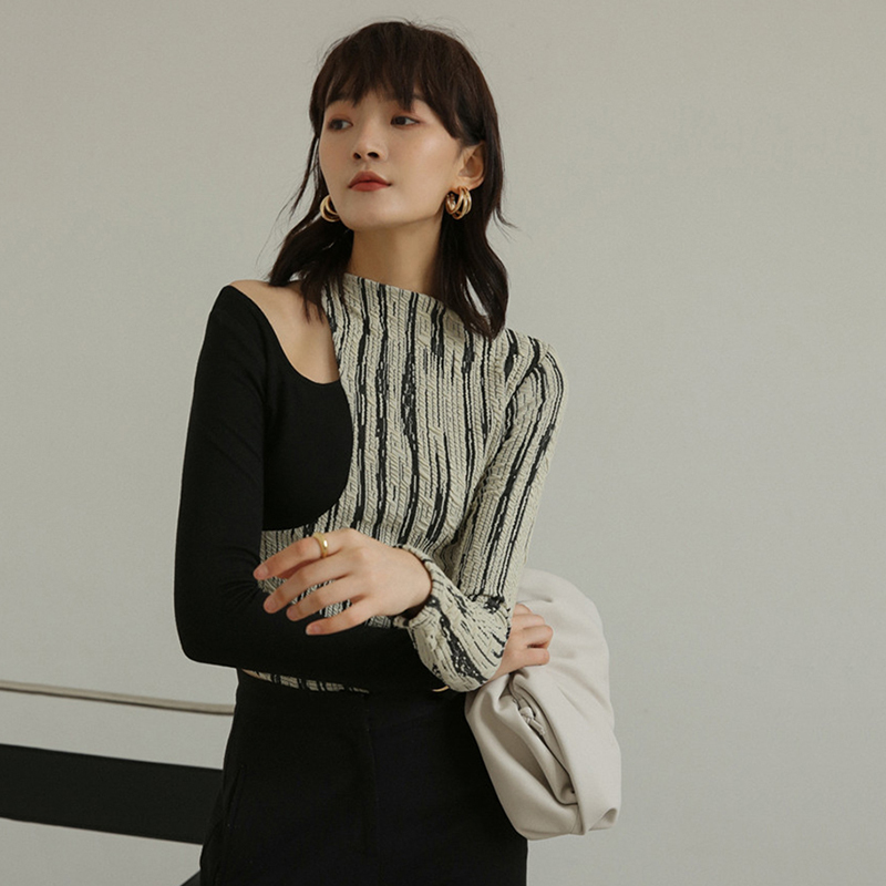 [EAM] Women Black Striped Hollow Out Temperament T-shirt New Round Neck Long Sleeve  Fashion Tide  Spring Summer 2020 1W148 4
