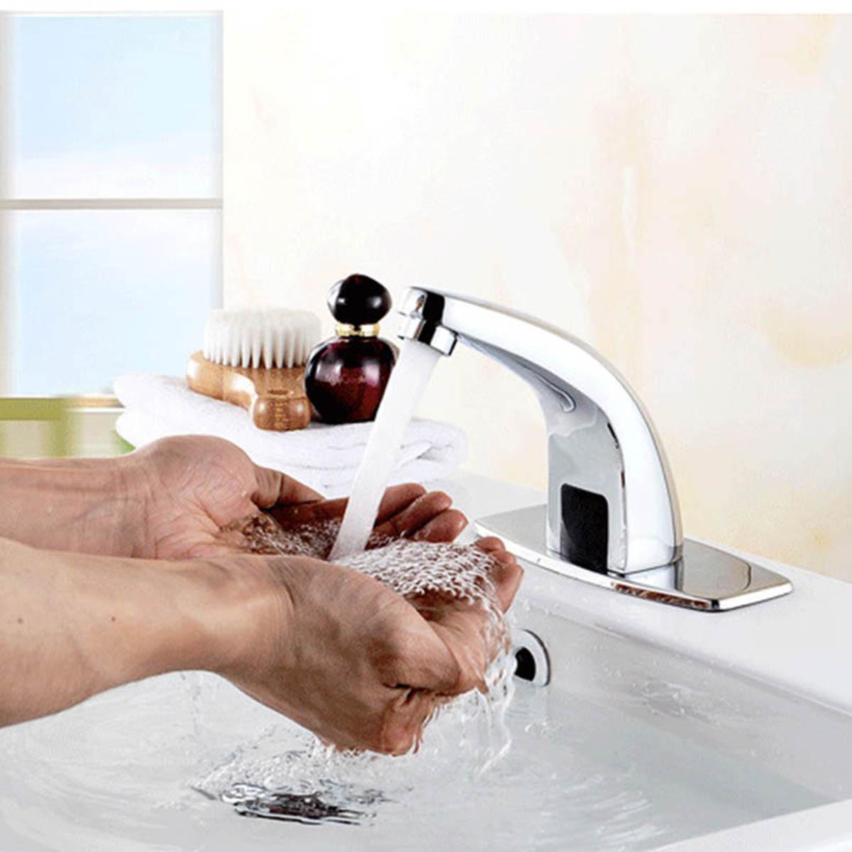 En alliage de Zinc automatique capteur infrarouge cuisine bassin évier robinet intelligent sans contact évier mélangeur chaud froid robinet unique poignée pont montage