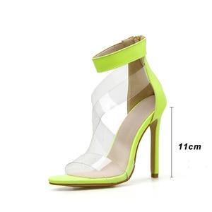 Image 3 - Kcenid 2020 جديد PVC حذاء امرأة أزياء المرأة الصيف الصنادل مثير عالية الكعب امرأة مفتوحة الصنادل سستة الصنادل المريحة الأخضر