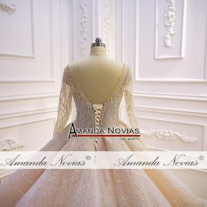 Image 4 - Потрясающее Свадебное платье с длинными рукавами и бисером 2020 Дубай