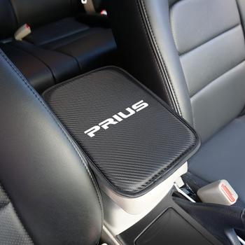 Pokrowce na podłokietniki samochodowe fotel samochodowy podłokietniki przechowywanie poduszka ochronna do akcesoriów Toyota Prius Car Styling tanie i dobre opinie 4655 Carbon fiber Car Armrest Cover 0 07kg 6323 21cm 3643 China
