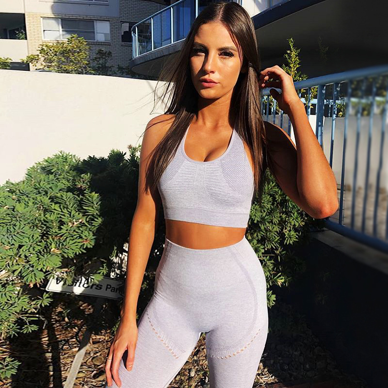 Conjunto de Yoga 2020 sem Costura Ginásio Roupas Esportivas Peça Leggings Sutiã Topos Feminino Vestuário Fitness Jogging Conjuntos Treino 2