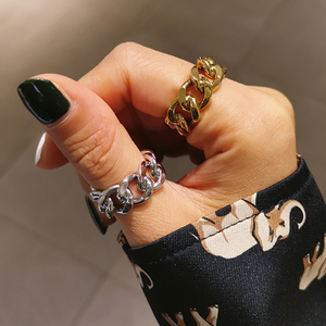 Vintage Cool Chunky Punk Chain Rings Link Twisted Geometric Finger Ring for Women Men Open Ring Adjustable Snake Rings