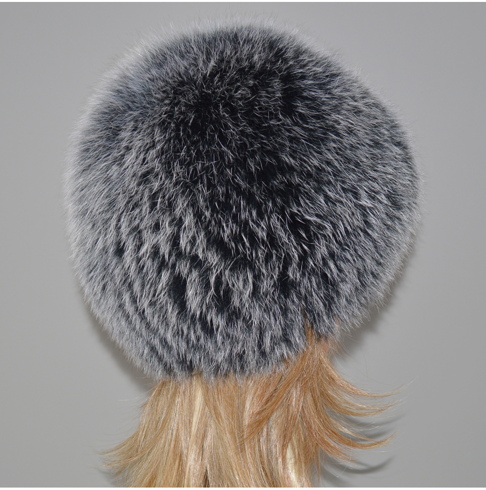 H9b2d13aeb5114842961bb0bfc35ff96cZ - New Luxury 100% Natural Real Fox Fur Hat Women Winter Knitted Real Fox Fur Bomber Cap Girls Warm Soft Fox Fur Beanies Hats