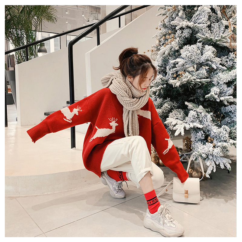 New Korean loose Christmas elk Beige red pullover women sweater coat 2019 winter new sweater women thickened New Year clothing - 2