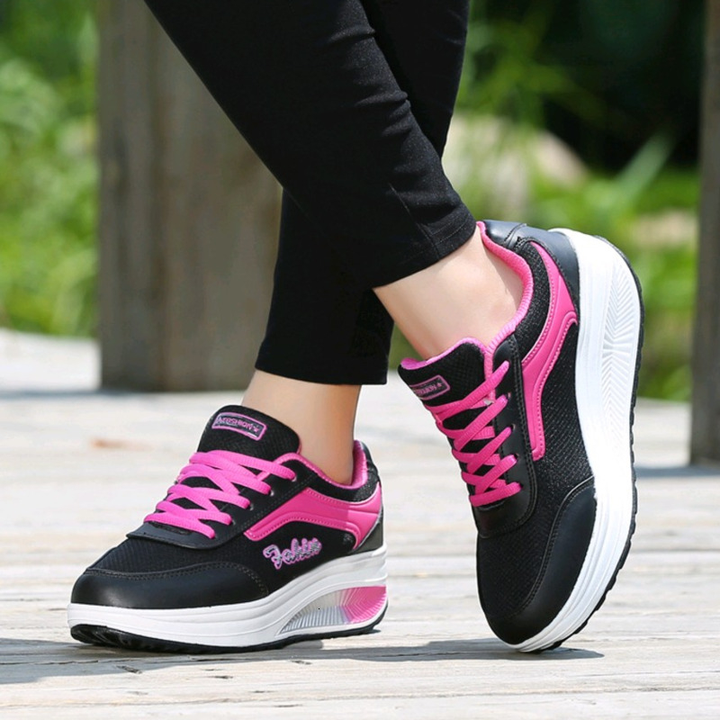 Platform Sneakers Women Shoes Breathable Lace-up Thick Bottom Increase Rocking Shoes Mom Dance Shoes Ladies Fitness Shoes Spring