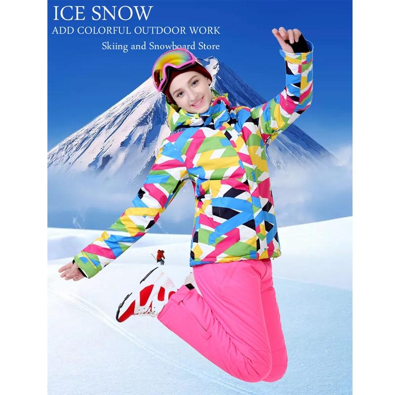 Недорогой яркий зимний костюм, женская одежда для сноуборда, водонепроницаемые зимние костюмы, уличная лыжная куртка + брюки на бретелях, на...
