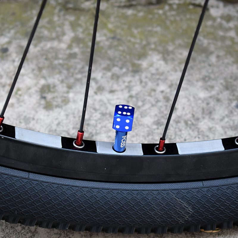 4PCS Dice Car Valve Caps On The Wheel Tire Air Valve Stem Caps Car Trunk Bike Bicycle Wheel Rims Accessories Car Styling YELLOW