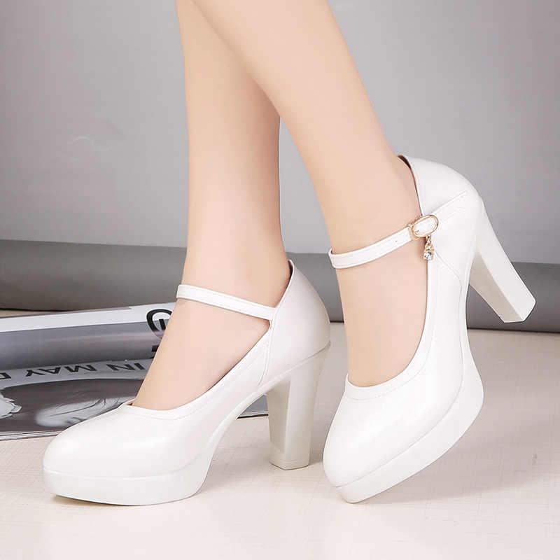 Hoge hakken platform pompen mujer lente nieuwe mode gesp effen zwarte schoenen vrouw PU leer waterdichte schoenen femme 2020