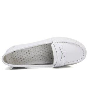 Image 2 - BEYARNEWomen płaskie buty kobieta obuwie miękkie wygodne damskie SlipOn pielęgniarka mokasyny białe oddychające płaskie zapatillas mujer