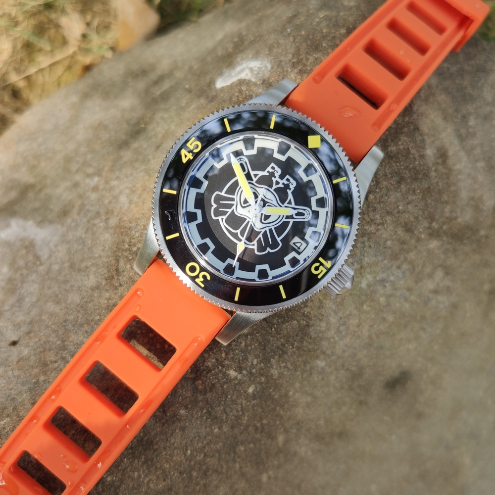 Azul luminoso 316l aço inoxidável relógio de