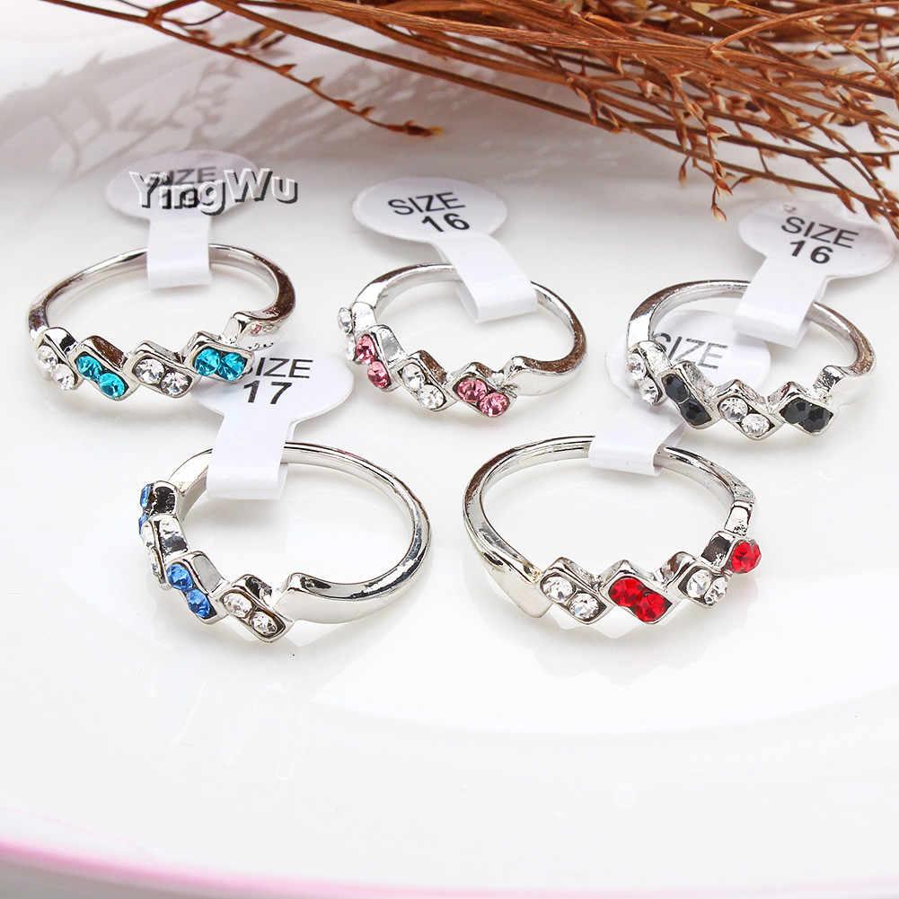 Yingwu Minimalism โลหะผสมแหวนสแตนเลสโรแมนติก Rhinestone Zircon แหวนหมั้นสำหรับผู้หญิงเครื่องประดับหญิง