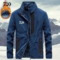 Herbst Winter Daiwa Angeln Kleidung Männer Verdicken Fleece Jacke In Wandern Jacke Zipper Tasche Angeln Hemd Warme Winter Angeln-in Angeln Jacken aus Sport und Unterhaltung bei