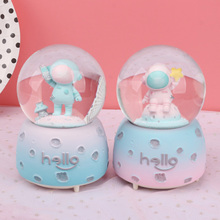 Creative Spaceman Snow Globe Crystal Ball Rotating Music Box Christmas Decoration For Home Home Decoration Accssories new christmas decorations creative snow music lantern festival scene decoration props glowing glass ball with snow toy speelgoed