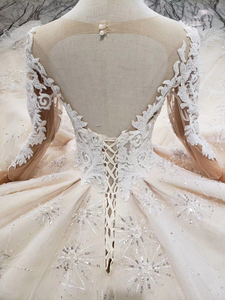 Image 5 - BGW HT43022 Royal Wedding Dress With Feather Handmade European And American Style Tulle Sleeve Wedding Gown 2020 Fashion Design