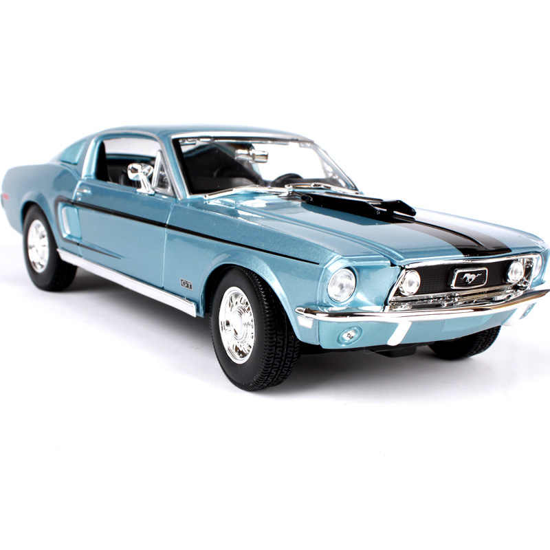 Maisto 1:18 1968 Ford Mustang GT car alloy car model simulation car decoration collection gift toy Die casting model boy toy