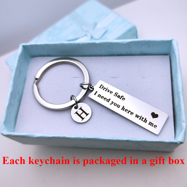 Engraved Drive Safe A-Z 26 Initial Letters keyring Titanium Mirror Keychain For Couples Women Men Boyfriend Husband Gift Key Fob