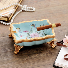 home decoration American Resin Creative Living Room Ashtray Arrangements Home Office Rural Style Luxury Decorations