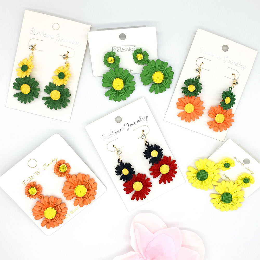 2020 South Korea new daisy flower Rural romantic flower summer lady earring accessories wholesale(China)