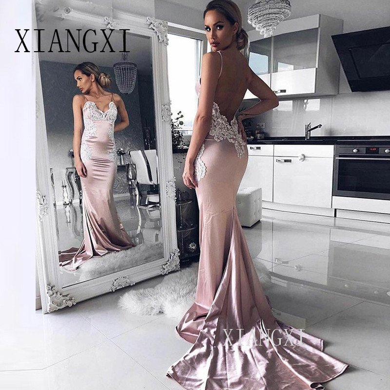 Beautiful Lace Appliques Backless V-Neck Spaghetti Straps Champagne Formal Evening Gowns Satin Mermaid Evening Dresses 2019