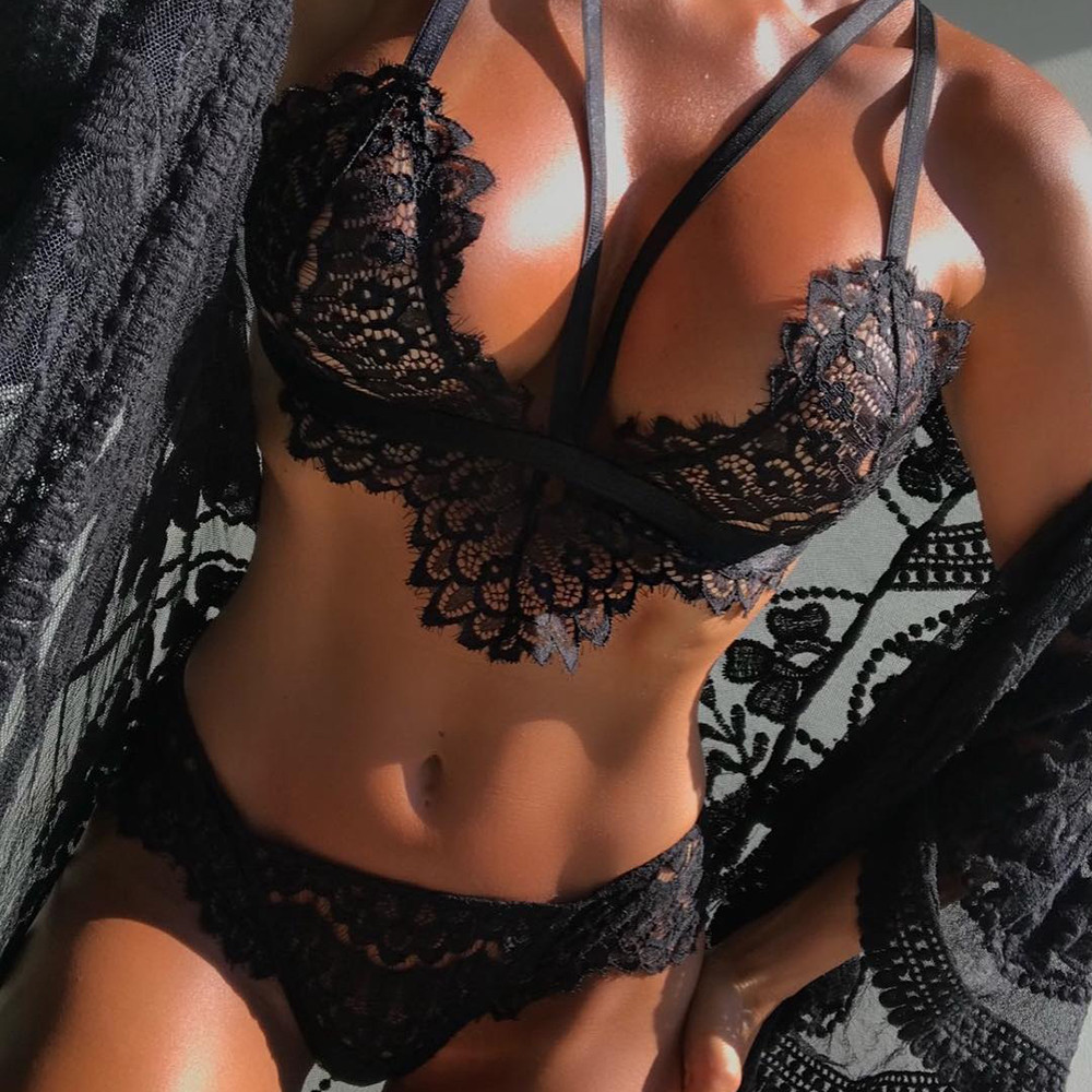 Brassiere Femme Women Bra Set Lingerie Corset Lace Flowers Push Up Top Bra+Briefs Underwear Solid Polyester Seamless Soft Sets