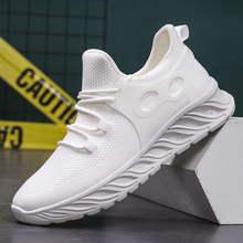 Fashion Mens Casual Shoes Men Sneakers Breathable Non-slip Male Footwear Mesh Lightweight Comfortable Walking Man Sneakers 2020 fashion men loafer shoes slip on male casual flat walking shoes trend lightweight comfortable sneakers man flats