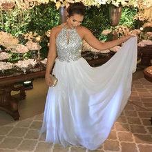 Платья на выпускной с кристаллами 2020 бретелькой через шею