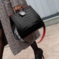 Luxury Crocodile Handbags Women Snakeskin Wide Shoulder Strap Bucket Bag Designer Shoulder Bag Buckle High Capacity Totes 2019
