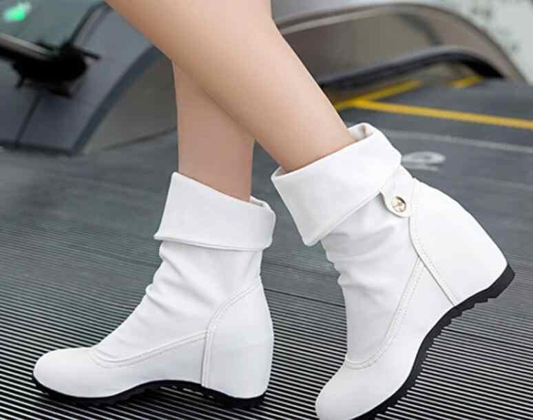 Otoño Invierno punta redonda cuña Mujer botas para mujer Color negro mujer botas abrigo Piel de felpa plantilla estilo clásico Mujer zapatos