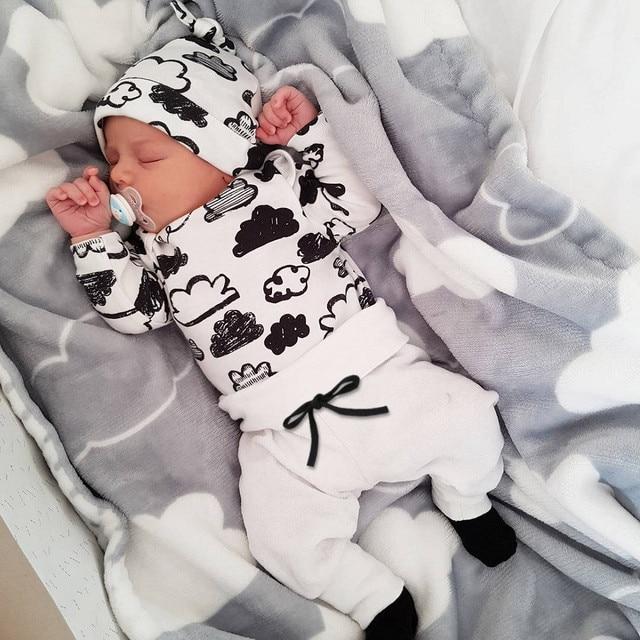 Baby's Printed Sweatshir, Pants and Beanie 3 Pcs Set 2