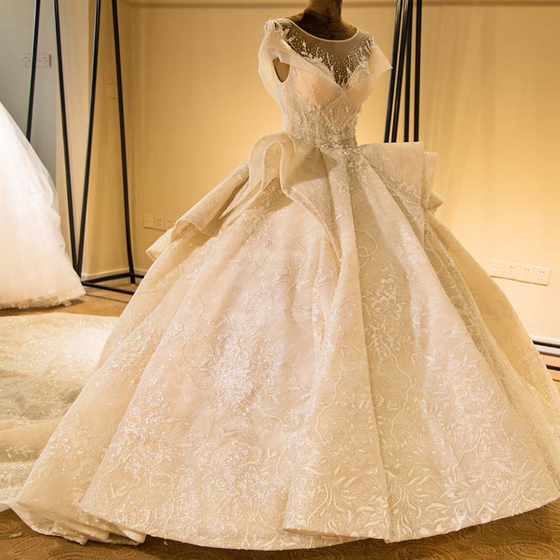 2020 New  Luxury Long  Wedding Dresses Beading Bridal Gown Vestidos De Noiva Beaded Lace Gown Crystal Beads